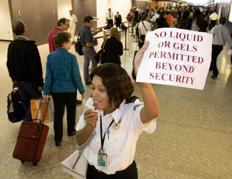 Image: Transportation Security Administration officer