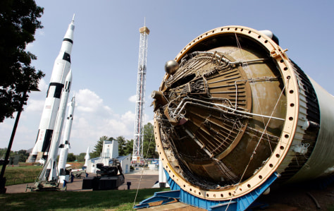 Image: Saturn rocket