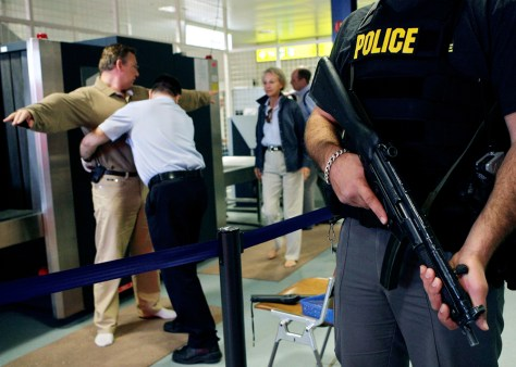 Image:Airport security