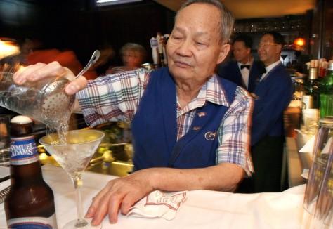 Image: Bartender Hoy Wong