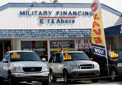 Image: Car lot offers credit to Marines