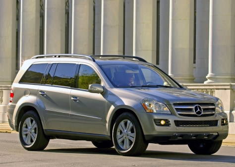 Image: 2007 Mercedes GL450 will cost you $55,675.