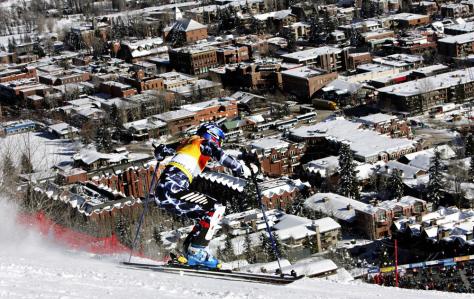 Image: Aspen skiing