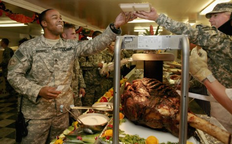 IMAGE: U.S troops have Thanksgiving in Afghanistan