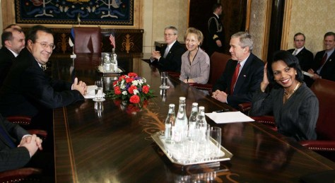 Image: Estonian president with Bush, Rice.