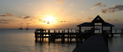 Image: Sunset in Roatan
