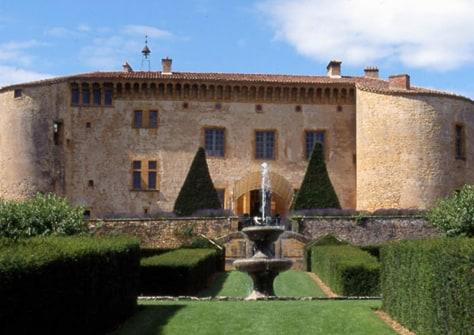 top ten legendary castles travel luxury travel nbc news. Black Bedroom Furniture Sets. Home Design Ideas