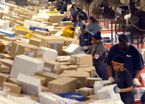 Image: FedEx workers