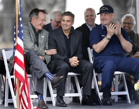 Image: Bush, Clooney