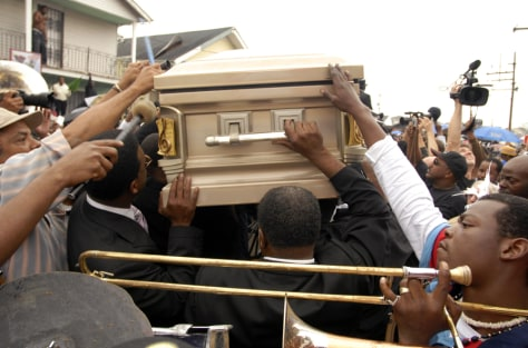 Image: New Orleans mourners