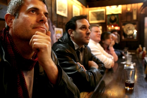 Bar patrons watch President Bush deliver televised address on new Iraq war strategy