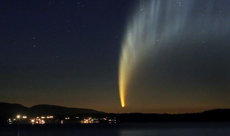 Image: McNaught comet