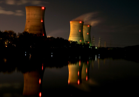 IMAGE: THREE MILE ISLAND NUCLEAR POWER PLANT