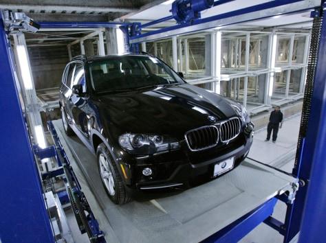 Image: Robotic garage