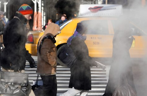 IMAGE: COLD NEW YORK CITY COMMUTERS