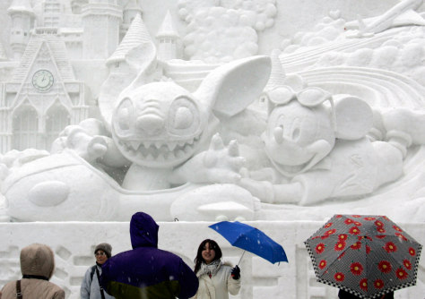 IMAGE: RAIN AT SNOW FESTIVAL