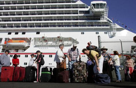 Image: Cruise passengers