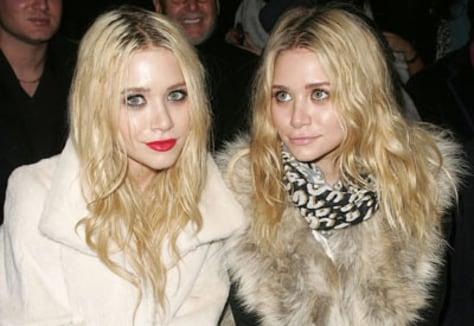 Image: Mary-Kate and Ashley Olsen