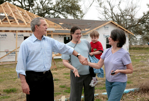 President Bush tours rebuilt homes in Long Beach