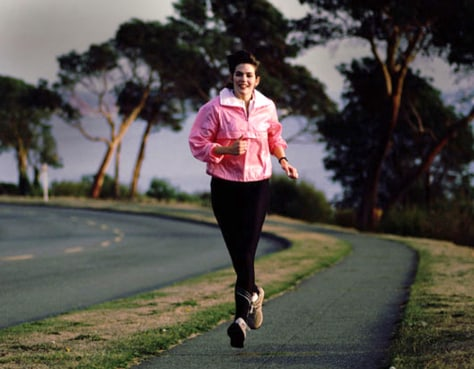 Image: woman jogging