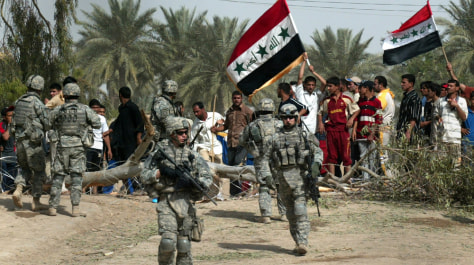 Images: U.S. soldiers and Iraqis at a rally in Baghdad