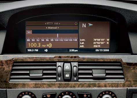 BMW HD radio