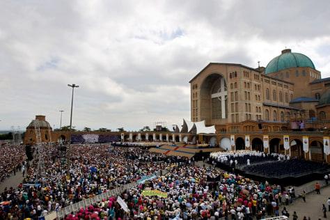 Image: Pope Benedict mass