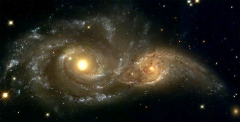 Image: Galaxies colliding