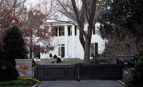 Inage: Al Gore's Tennessee home