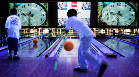 Image: Chicago bowling
