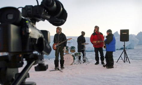IMAGE: BAND REHEARSES ON ANTARCTIC ICE