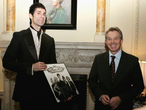Image: Perry Farrell, left, and Prime Minister Tony Blair