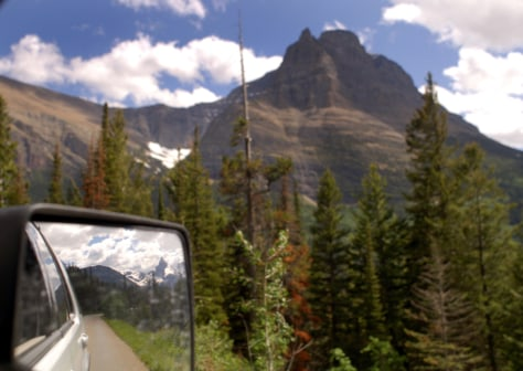 Image: Going-to-the-Sun Road