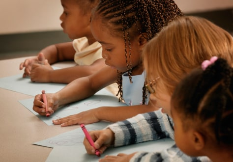 Image: girls drawing