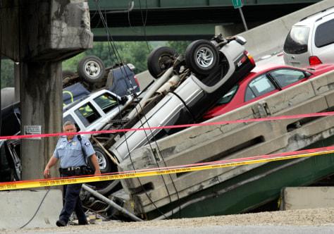 Image: Bridge debris