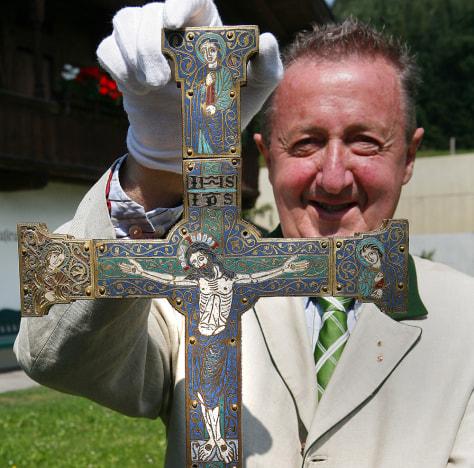 Image: Medieval cross