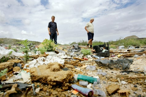 IMAGE: Trash dumping in Tonto National Forest