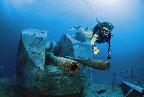 Image: Diving at the wreck of Keith Tibbetts, Cayman Brac