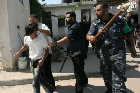 IMAGE: Hamas arrests Fatah members