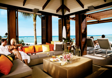 World S Splashiest Pool Cabanas Travel Luxury Travel
