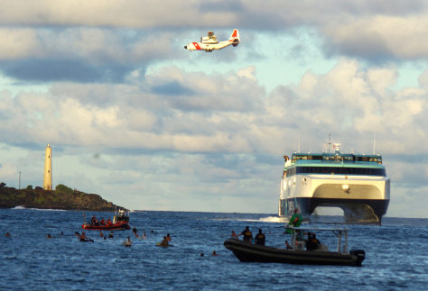 Image: Protesters and Superferry.