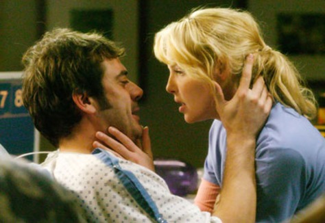 "Image: Jeffrey Dean Morgan and Katherine Heigle of ""Grey's Anatomy"""
