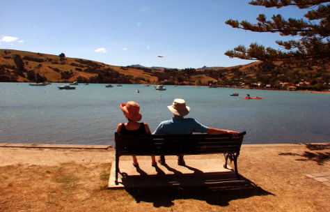 Image: Vacationers in Akaroa