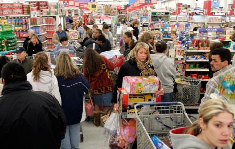 Image: Busy Wal-Mart
