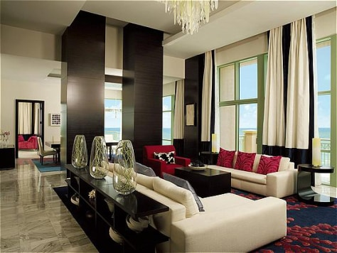Image: Cove Atlantis, penthouse suite living room
