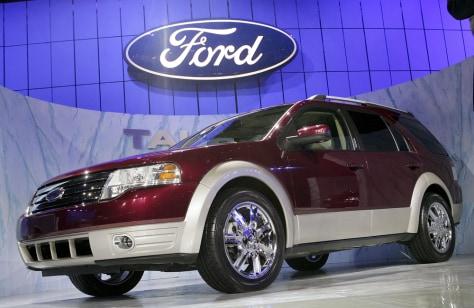 Image: Ford Taurus X
