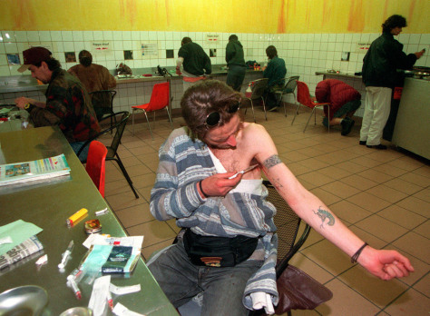 Image: German injection room