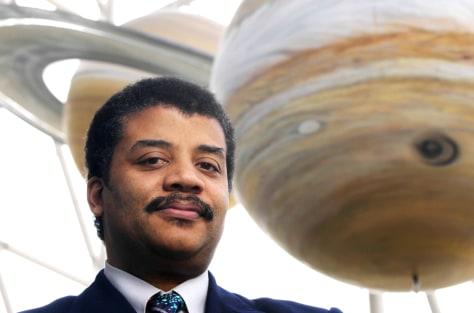 Image: Neil deGrasse Tyson at Hayden Planetarium