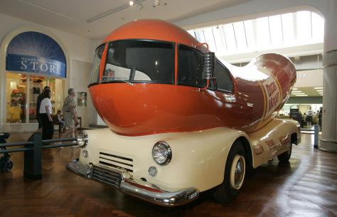 Image: Oscar Mayer 1952 Wienermobile