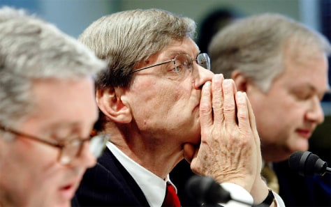 BUD SELIG LISTENS DURING CAPITOL HILL HEARING ON STEROID USE